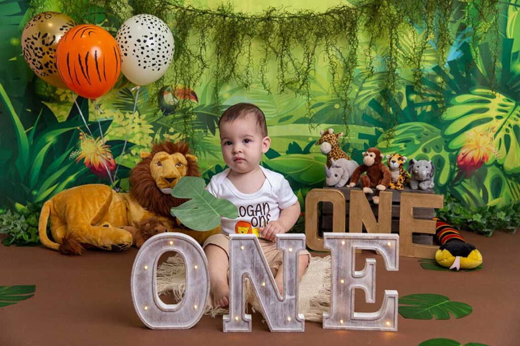 jungle cake smash baby's first birthday