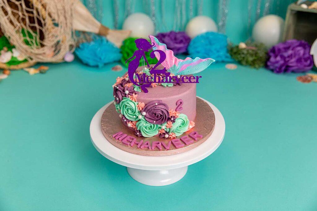 themed cake smash Basildon